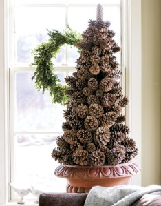 Christmas outdoor decorations & xmas tree lights.