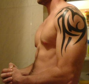Tribal Shoulder Tattoos. Posted by TRIBAL TATTOOS DESIGNS GALLERY at 1:17 AM