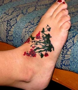 Dazzling Ivy foot tattoo designs