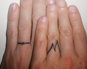 temporary-tattoo-ink-feet-tattoos-toe-ring-tattoos32.